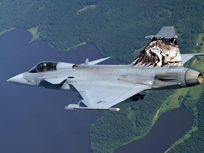 Saab JAS-39 Gripen, źródło: www.wikipedia.com